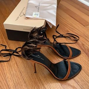 NEW in box Alexandra Neel Feather Heels 10.5